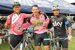 27112015 René, Fernando y Juan José.