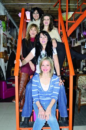 29112015 DESAYUNO DE AMIGAS.  Alejandra R. de la Peña, Sara Valenzuela, Lily Ávalos, Suhe Núñez y Ale Bitar.