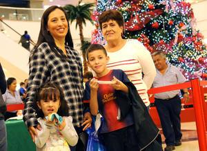 29112015 Verónica, Virginia, Fernanda y Carlos.