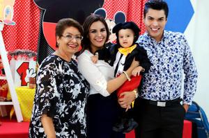 29112015 FIESTA INFANTIL.  Sra. María del Pilar Caro Sandoval, Nora Lourdes Cisneros Caro y su hijo Diego Amir Ibarra Cisneros en el festejo por su primer año de vida.