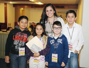 29112015 PREMIACIóN DE LEEMOS.  Luis Diego, Alondra, Emiliano, Rodrigo y Andrea.