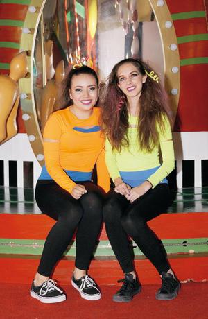 29112015 EN ENCENDIDO NAVIDEÑO.  Lucía y Paulina.