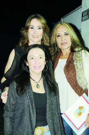 30112015 Pilar Delgado, Gina Mora y Pina Martínez.