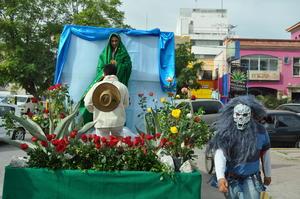 La peregrinación se realizó en el marco del 484 aniversario de la aparición de la Guadalupana en el Cerro del Tepeyac.