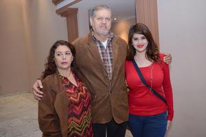 01122015 Alba, Rafael y Gabriela.