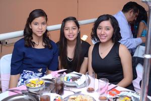 01122015 Carmen, Michelle y Andrea.