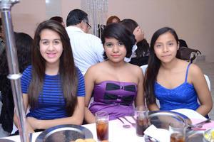 01122015 Alejandro, Jocelyn y Fernanda.
