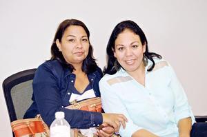 01122015 Rocío Rodríguez y Vita Martínez.