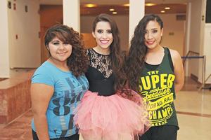01122015 Diana Hernández, Caro Muñoz y Nancy Barajas.