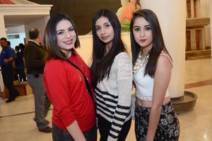 02122015 Paulina, Marian y Raquel.