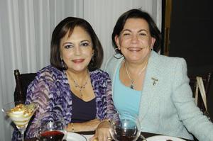 04122015 JARDINERAS.  Tere y Pilar.