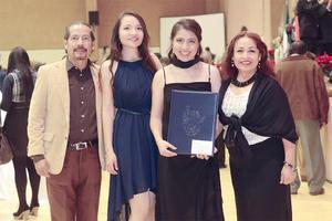06122015 Alfredo, Rebeca, Jennifer y Estela.