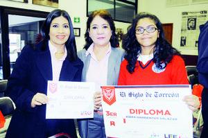 06122015 Luz del Carmen de Luna de Santiago, Kiara Barrientos Salazar y Aurora E. Guerra Chiw.
