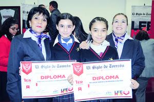 06122015 Laura Ríos, Vanessa González, Melisa Sofía Calderón y María del Carmen Dávila López.