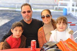 07122015 Familia Ortiz Estrada.
