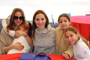 07122015 Marian, Sofía, Mariana, Marisofi y Regina.