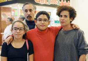 09122015 Miriam, Martín, Lucía y Sergio.