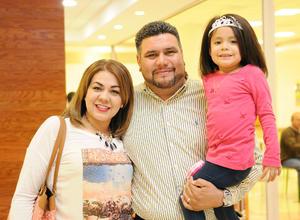 09122015 Ana, Manuel y Mariangel.