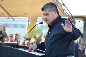 """Riquelme expresó que """"inauguramos otra Línea Verde pero ahora en esta parte de la ciudad""""."""