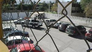 Haciendo uso de la fuerza pública, ingresaron a las instalaciones para efectuar el embargo obsequiado por la Junta de Conciliación y Arbitraje.