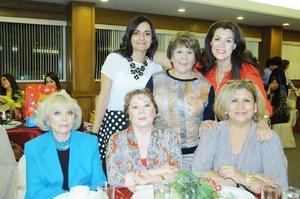 Alicia, Rosy, Alma, Delia, Jose, Yolanda y Marina