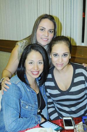 Blanca, Gaby y Marichelo