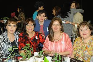 Edna, Martha, Silvia, Rosy y Adry