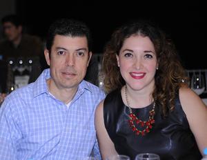 José Arturo Flores y Jessica Sotoluján