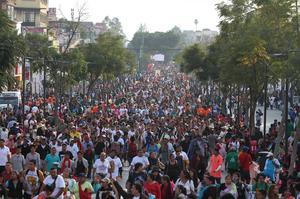 Cientos de miles de personas acudieron el día de hoy a rendirle tributo a la Virgen de Guadalupe.