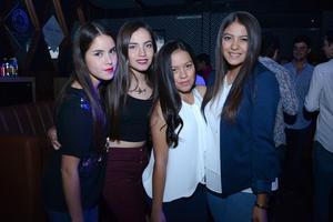 10122015 ENTRE AMIGAS.  Betty, Joce, Ingrid y Sofía.