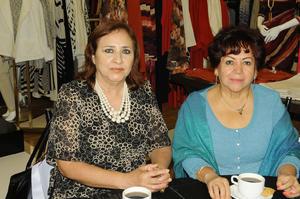 14122015 EN RECIENTE EVENTO.  Josefina de Zamarripa y Yolanda Gramillo.