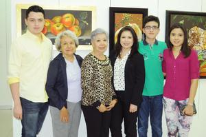 14122015 ASISTEN A INAUGURACIóN DE EXPO PICTóRICA.  Héctor, Alicia, Gloria, Gabriela, Santiago y Natalia.