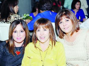 12122015 Pilar, Laura y Rosa.