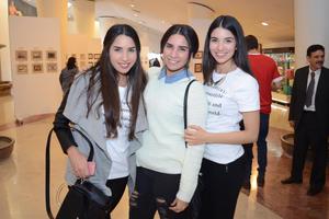 15122015 Lucero, Luisana y Ana Sofía.