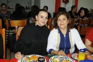 12122015 Eva Mariela López y Lucy González.