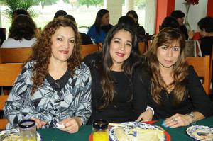 12122015 María Luisa, Azucena y Rocío.