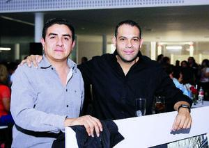12122015 AMIGOS.  Pepe y Víctor.