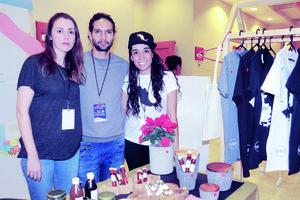 12122015 BAZAR NAVIDEñO.  Jimena, José y Ana Isabel.