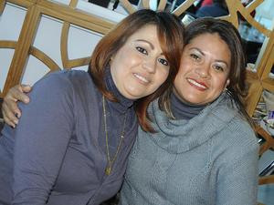 15122015 Yuly y Lupita.