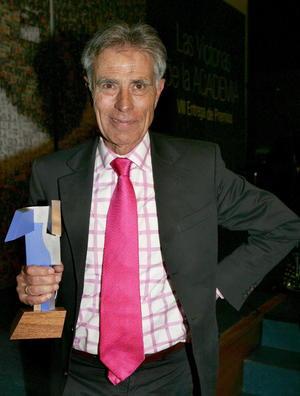 4 de mayo   Jesús Hermida. A los 77 años falleció el reconocido periodista español, a causa de un infarto cerebral.