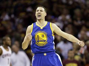 16 de junio| NBA. Los Warriors de Golden State se proclamaron nuevos campeones de la NBA al vencer a domicilio por 97-105 a los Cavaliers de Cleveland.