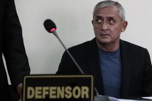 3 de septiembre   Arresto. Ordenan el arresto del presidente guatemalteco, Otto Pérez Molina, por asociación ilícita y casos de corrupción.