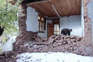 26 de octubre | Terremoto. Un sismo de 7.5 grados Richter sacude Afganistán, Pakistán e India.