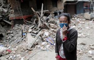 25 de abril | Sismo. Más de siete mil personas mueren en Nepal y miles resultan heridas a causa de un terremoto de 7.8 grados.
