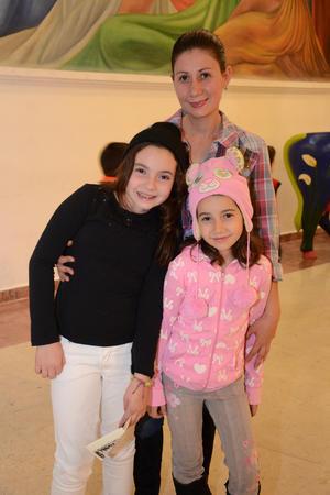 19122015 Luciana, Ivanna y Karla.