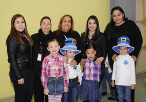 20122015 Paty, Lupita, Ale, Lupita, Nicole, Salvador, Ana Luisa y Leo.