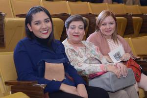 20122015 Sofía, Ariadne y Claudia.