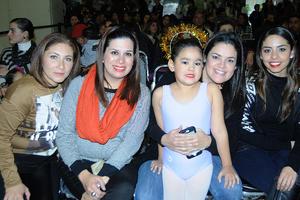 22122015 Karla, Cecy, Paula, Diana y Cecy.