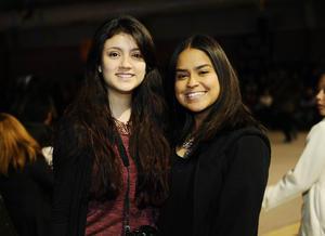 23122015 Cynthia y Ana Paula.