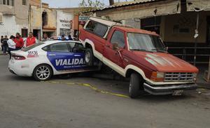 Patrulla de Tránsito y Vialidad protagonizó un choque múltiple.